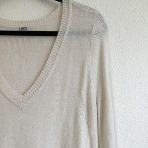 BB Dakota Sweaters - BB Dakota Long Sleeve V Neck Sweater White Medium